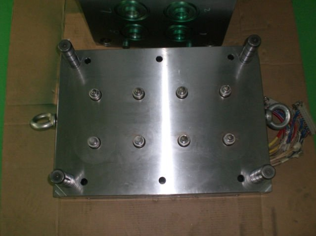 Making injection molds